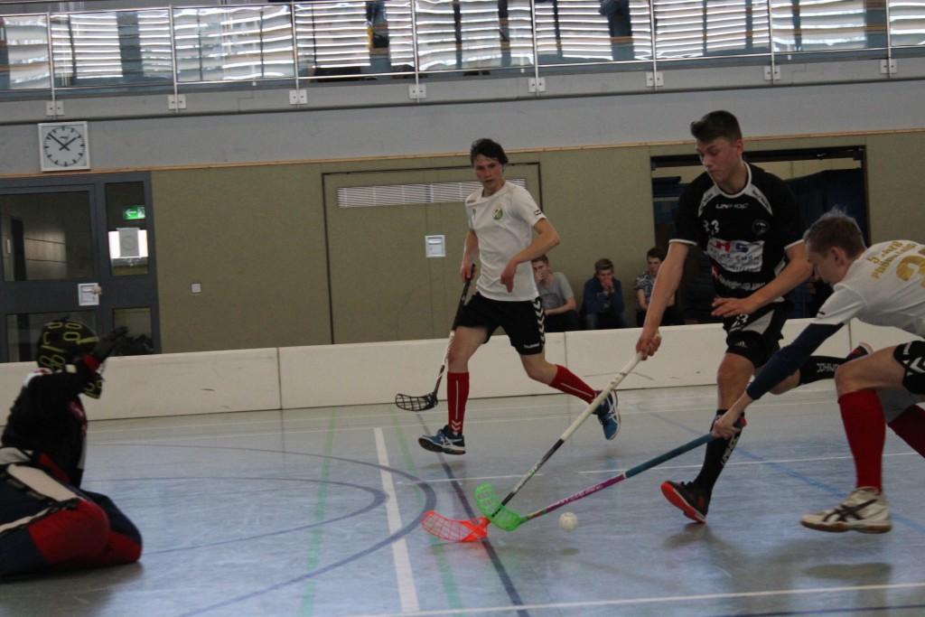 Tommy Kürschner hielt bei seiner Goalie-Premiere gegen Dessau glänzend